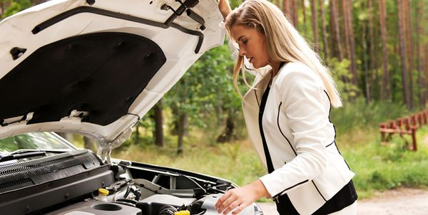 Symptoms That Your Car Needs Auto Repair